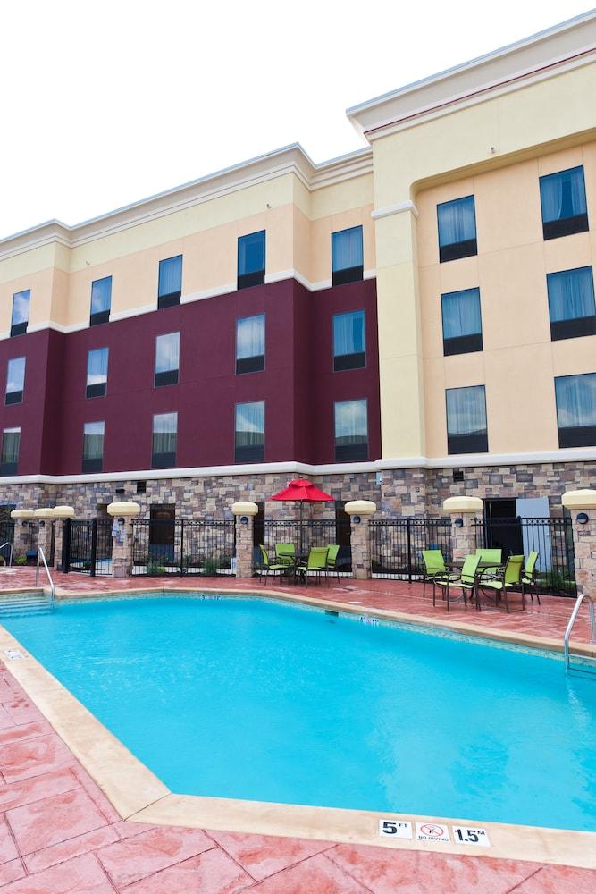 햄프턴 스위트 털사 센트럴(Hampton Suites Tulsa Central) Hotel Image 36 - Sundeck