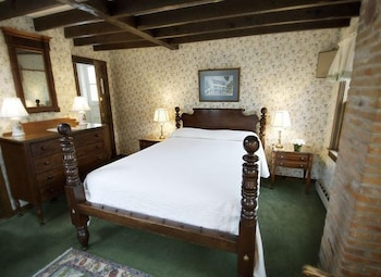 Standard Room, Annex Building (One Double Bed)