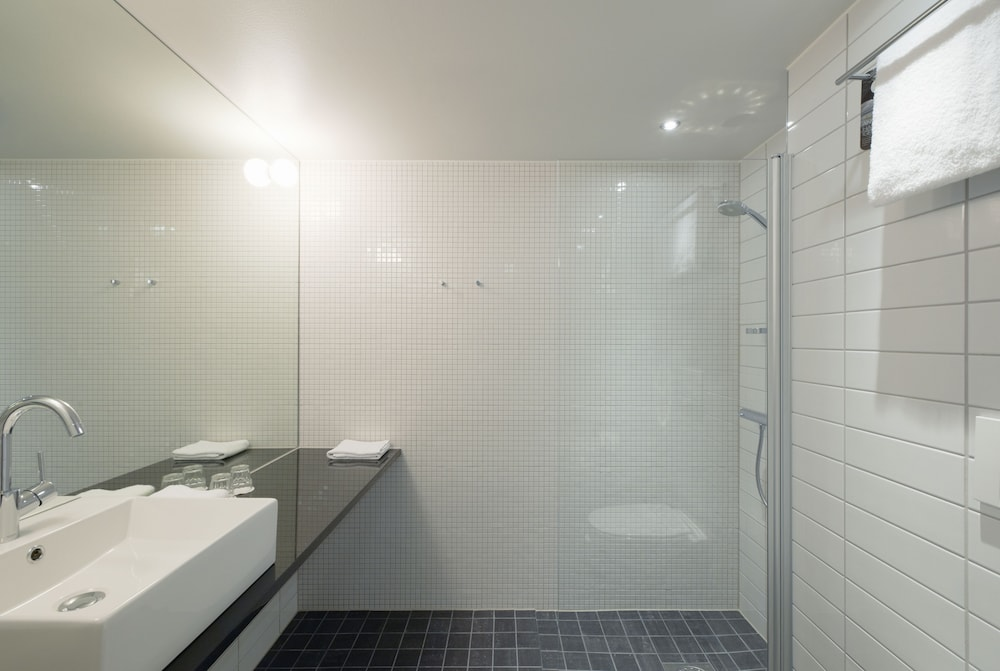 스칸딕 빅토리아 타워(Scandic Victoria Tower) Hotel Image 21 - Bathroom
