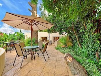 세븐스 스트리트 게스트하우스(7th Street Guesthouse) Hotel Image 59 - Property Grounds