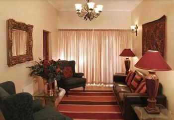 세븐스 스트리트 게스트하우스(7th Street Guesthouse) Hotel Image 27 - Living Area