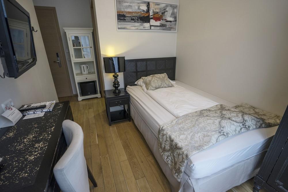 시티 센터 호텔(City Center Hotel) Hotel Image 2 - Guestroom