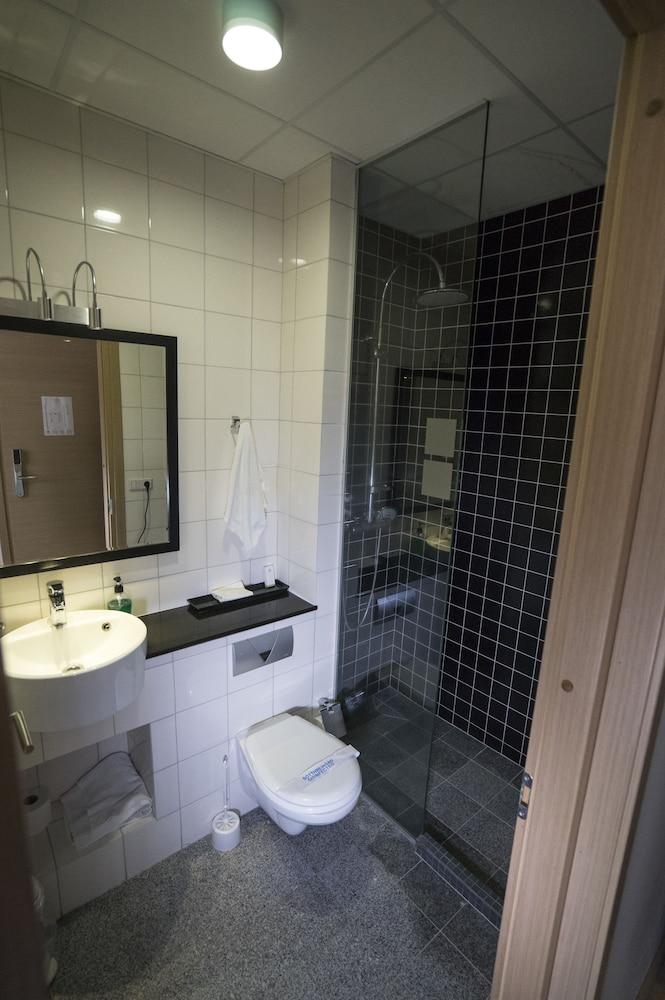 시티 센터 호텔(City Center Hotel) Hotel Image 31 - Bathroom