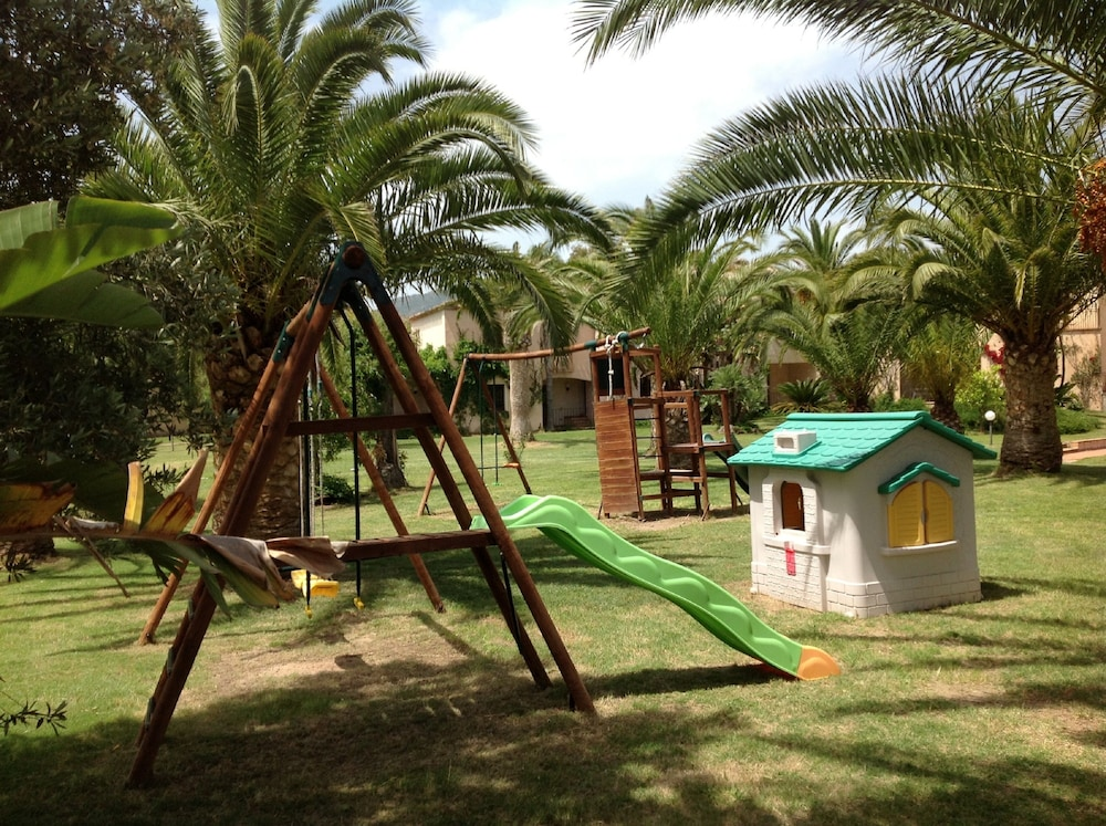 레지던스 바이아 델레 팔메(Residence Baia delle Palme) Hotel Image 31 - Childrens Area