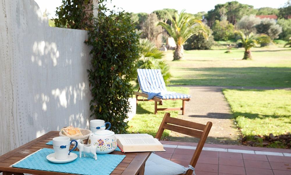 레지던스 바이아 델레 팔메(Residence Baia delle Palme) Hotel Image 20 - Guestroom View