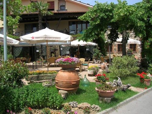 . Hotel Rosati