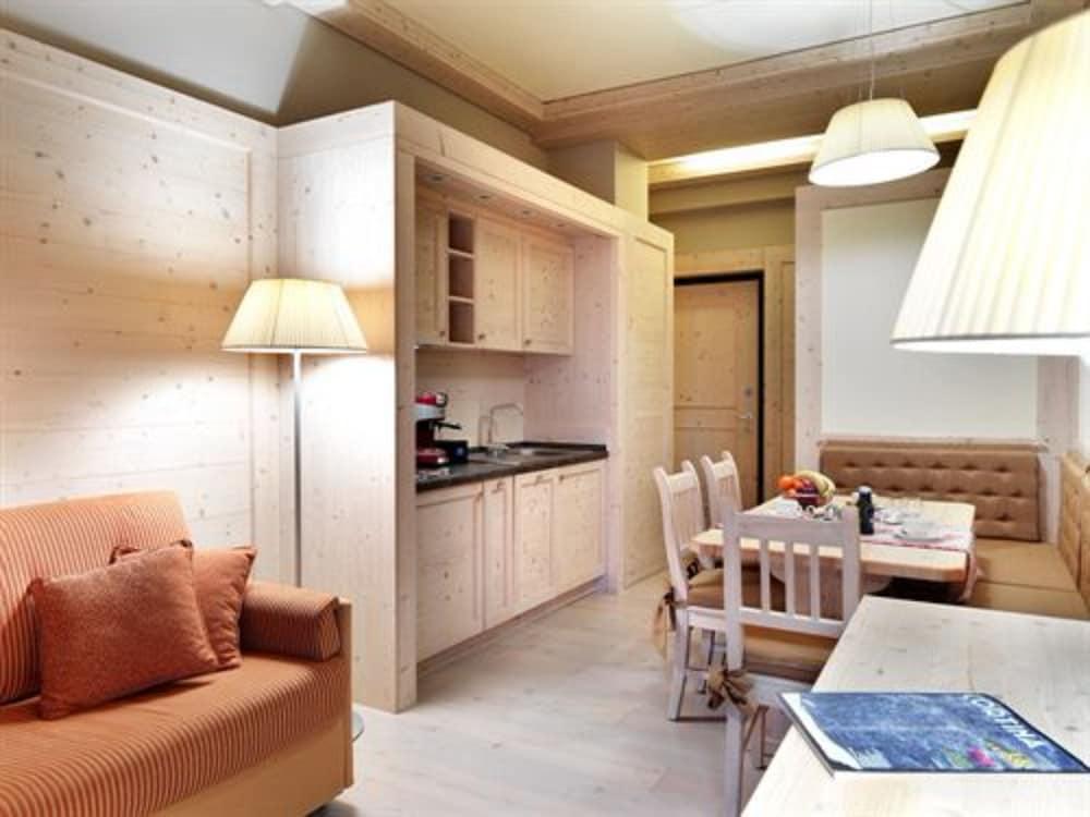 사보이아 팰리스(Savoia Palace) Hotel Image 13 - Guestroom