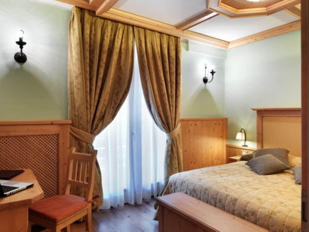 사보이아 팰리스(Savoia Palace) Hotel Image 2 - Guestroom