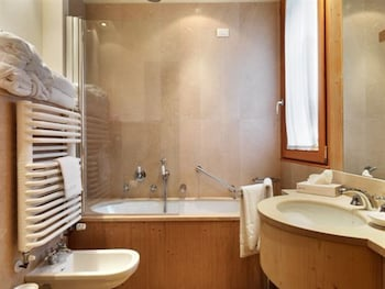 Savoia Palace - Bathroom  - #0