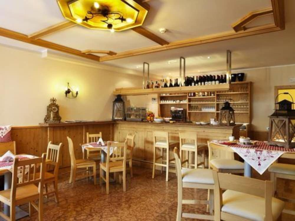 사보이아 팰리스(Savoia Palace) Hotel Image 21 - Restaurant