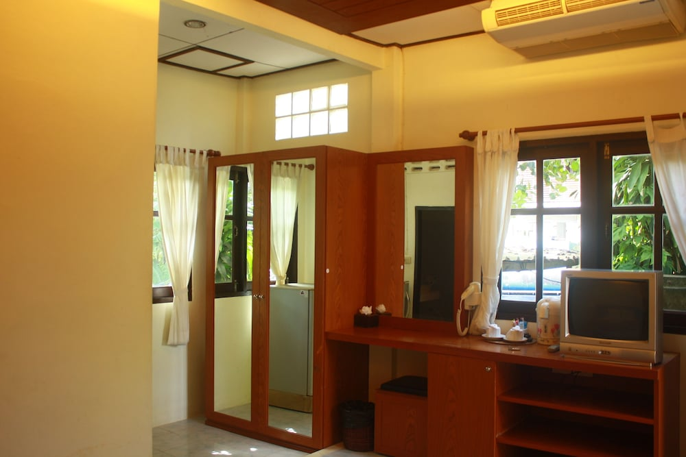 사무이 허니 코티지스 비치 리조트(Samui Honey Cottages Beach Resort) Hotel Image 9 - Guestroom