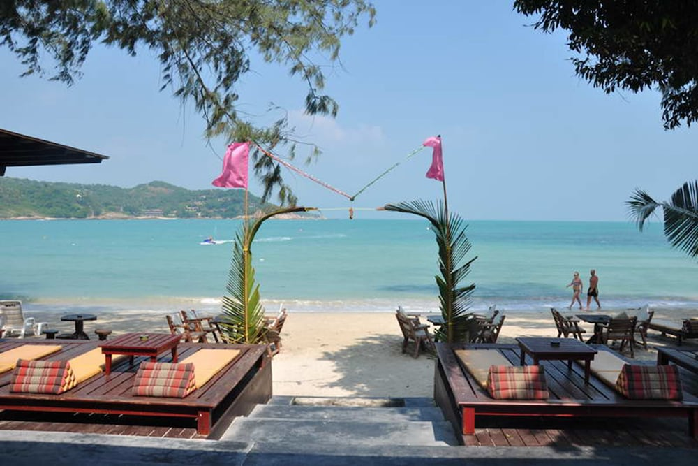 사무이 허니 코티지스 비치 리조트(Samui Honey Cottages Beach Resort) Hotel Image 41 - Terrace/Patio
