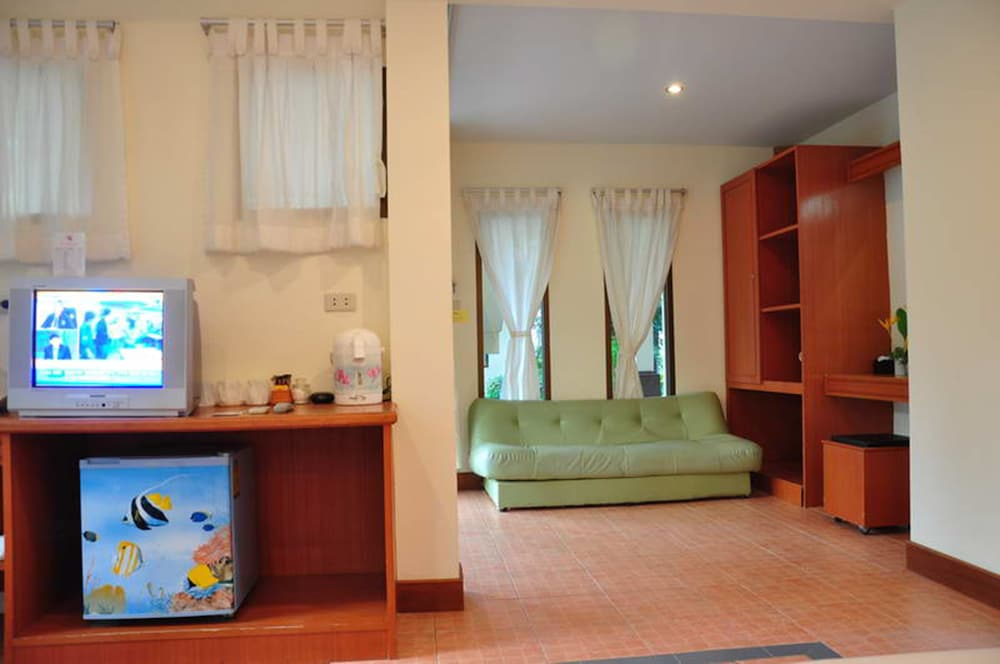 사무이 허니 코티지스 비치 리조트(Samui Honey Cottages Beach Resort) Hotel Image 22 - Living Area