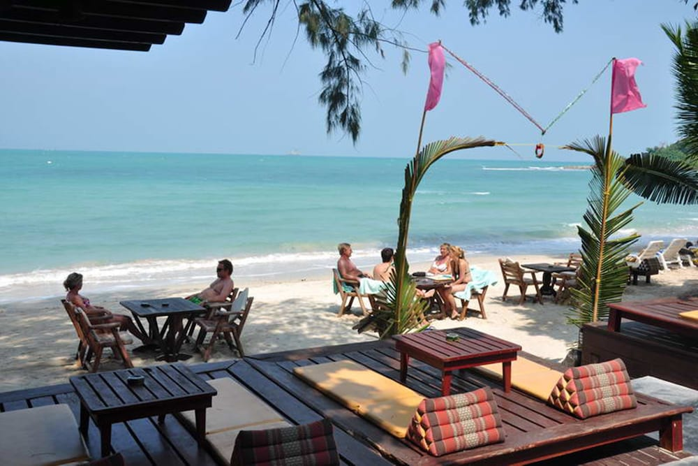 사무이 허니 코티지스 비치 리조트(Samui Honey Cottages Beach Resort) Hotel Image 37 - Beach