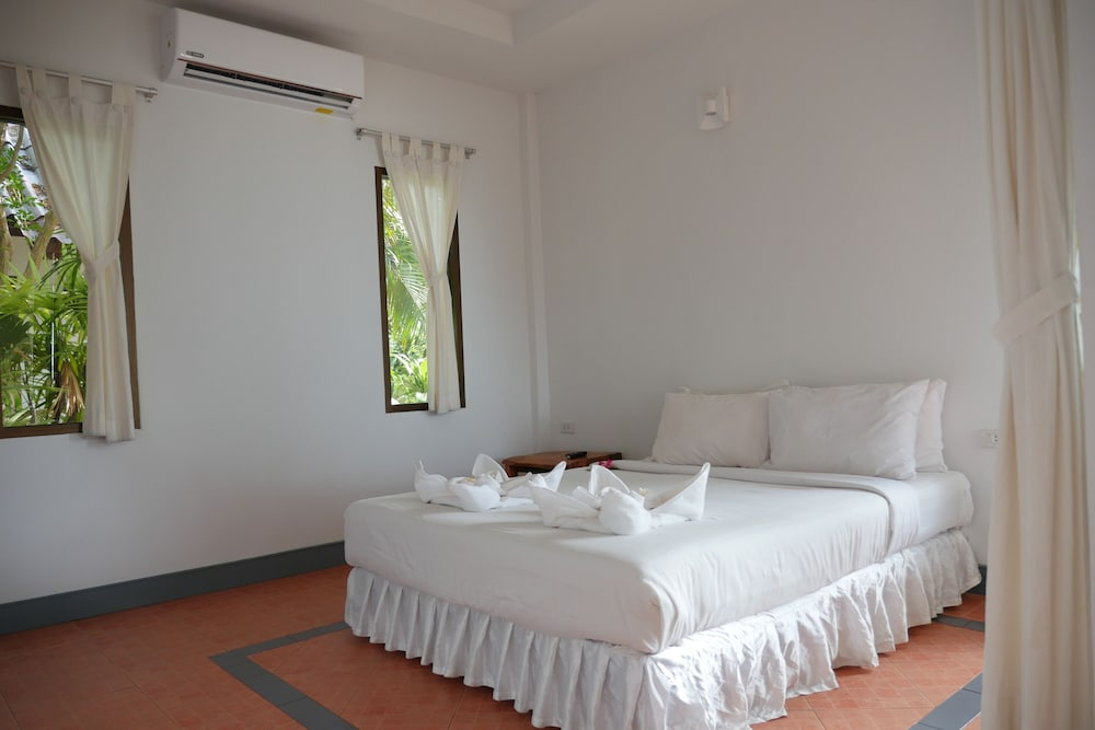 사무이 허니 코티지스 비치 리조트(Samui Honey Cottages Beach Resort) Hotel Image 19 - Guestroom