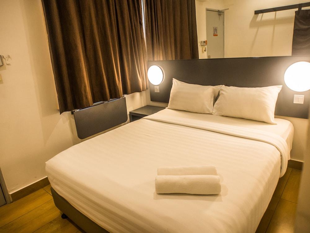 튠 호텔 클리아 에로폴리스  (에어포트 호텔)(Tune Hotel KLIA Aeropolis (Airport Hotel)) Hotel Image 7 - Guestroom