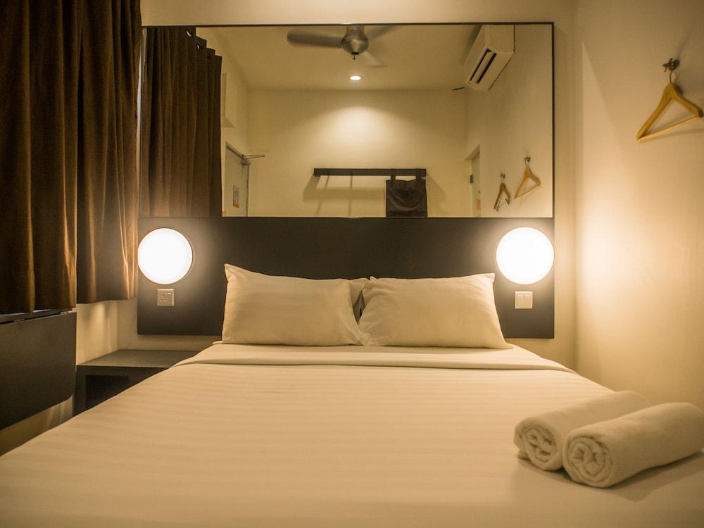 튠 호텔 클리아 에로폴리스  (에어포트 호텔)(Tune Hotel KLIA Aeropolis (Airport Hotel)) Hotel Image 8 - Guestroom