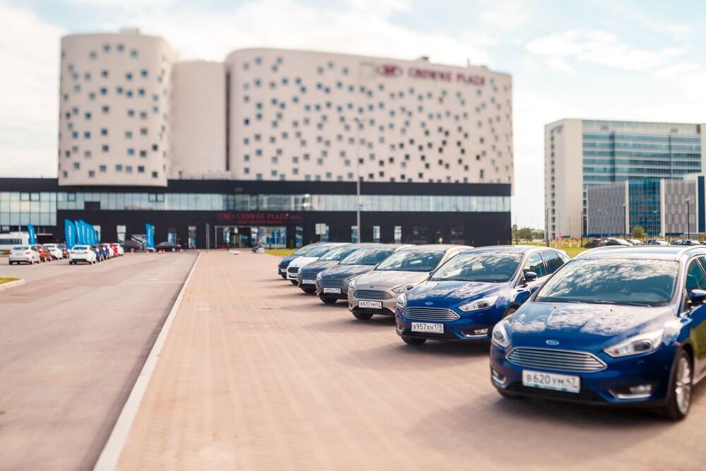 크라운 플라자 상트 페테르부르크 에어포트(Crowne Plaza St. Petersburg Airport) Hotel Image 97 - Parking