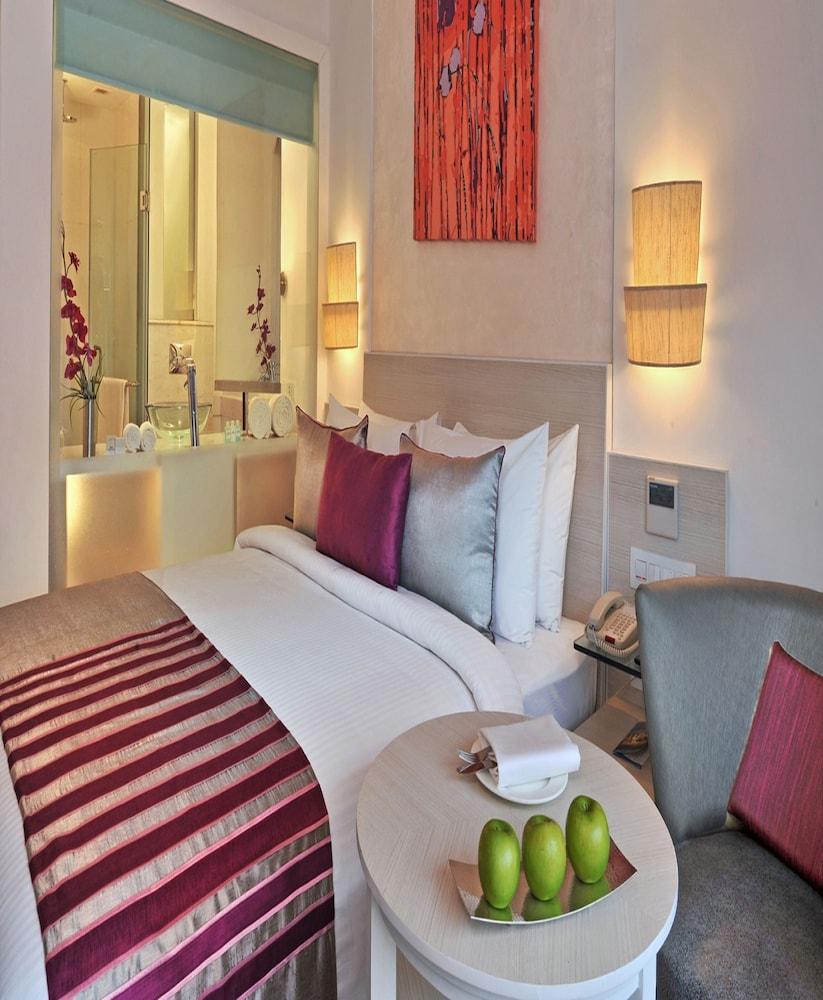 애쉬탄 사로바 포르티코(The Ashtan Sarovar Portico) Hotel Image 9 - Guestroom