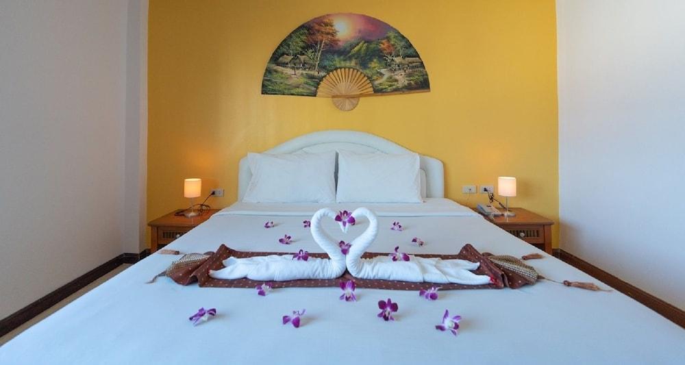 브라더스 호텔 파통(Brothers Hotel Patong) Hotel Image 15 - Guestroom