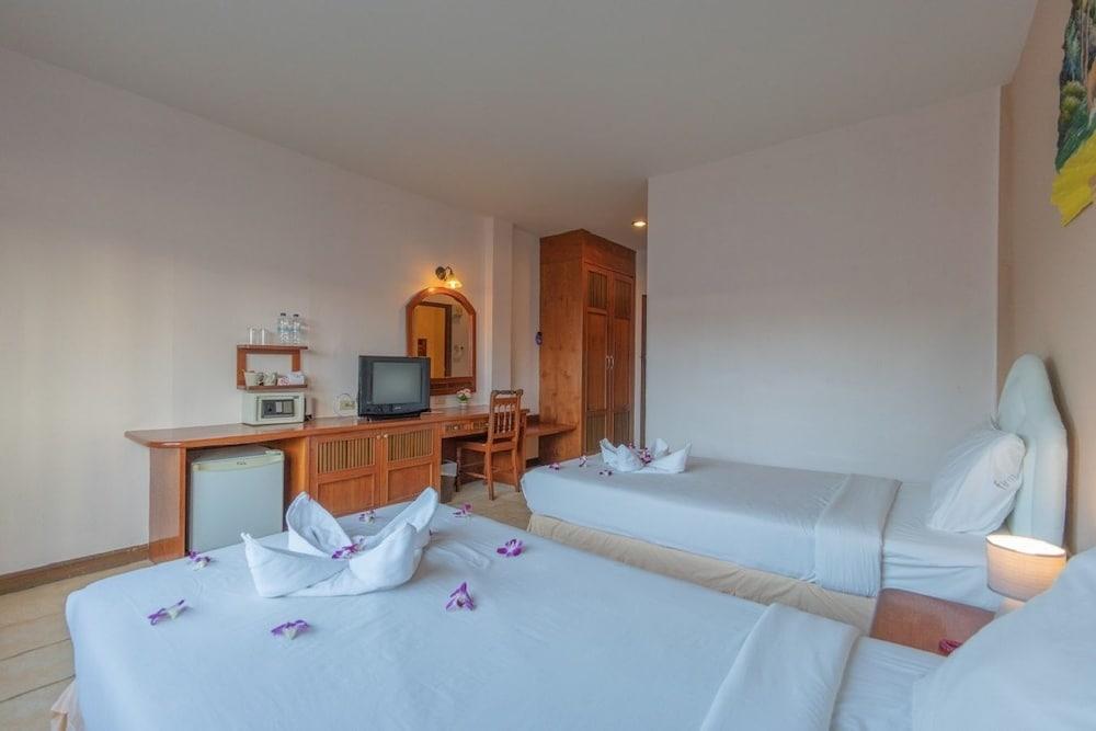 브라더스 호텔 파통(Brothers Hotel Patong) Hotel Image 39 - Guestroom