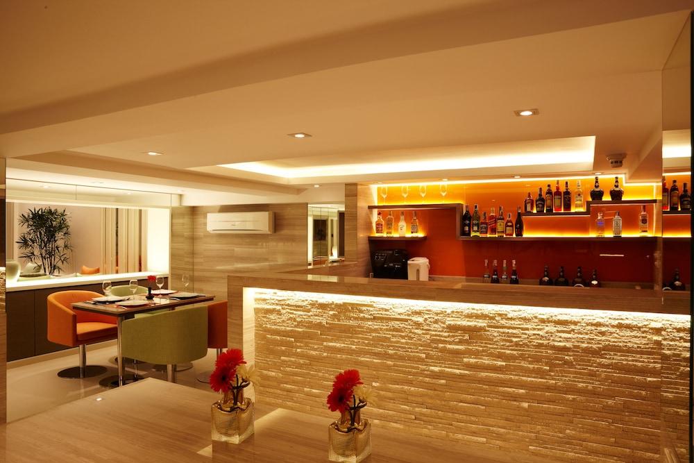 시티포인트 호텔(CityPoint Hotel) Hotel Image 28 - Hotel Bar