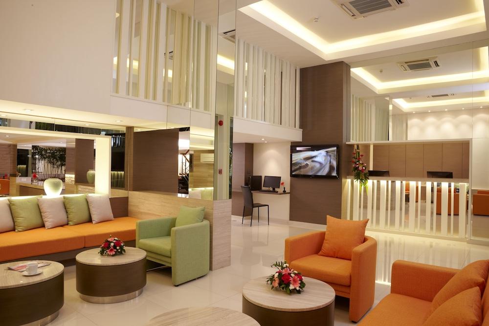 시티포인트 호텔(CityPoint Hotel) Hotel Image 6 - Lobby Sitting Area