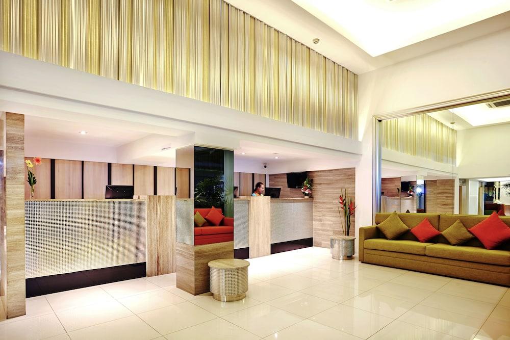 시티포인트 호텔(CityPoint Hotel) Hotel Image 2 - Lobby Sitting Area