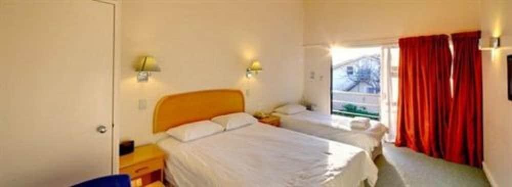 레일랜드 엡섬 모텔(Rayland Epsom Motel) Hotel Image 11 - Guestroom