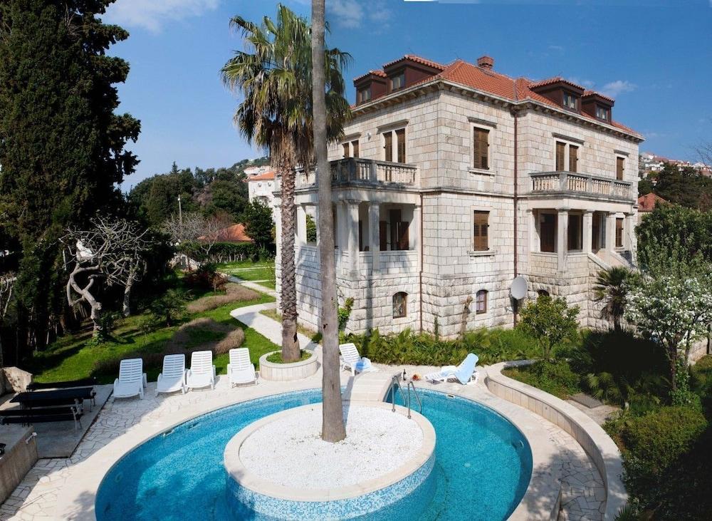 빌라 모어(Villa More) Hotel Image 0 - Featured Image