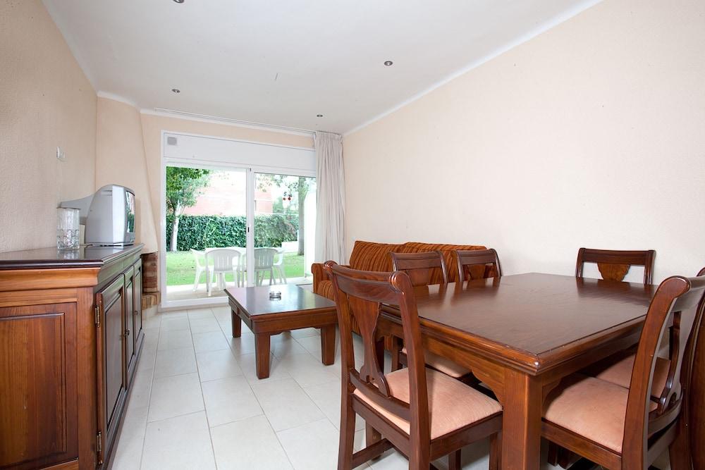 선웨이 산 호르헤 아파트먼트(Sunway San Jorge Apartments) Hotel Image 2 - Guestroom
