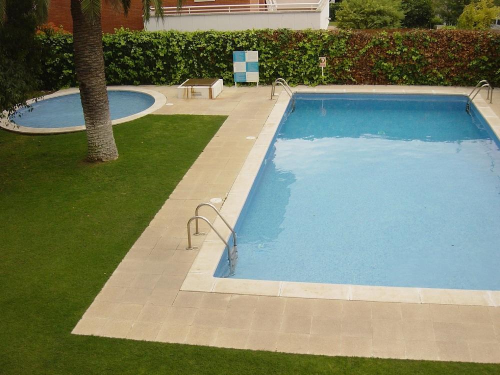 선웨이 산 호르헤 아파트먼트(Sunway San Jorge Apartments) Hotel Image 35 - Outdoor Pool