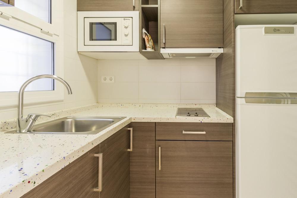 선웨이 산 호르헤 아파트먼트(Sunway San Jorge Apartments) Hotel Image 14 - In-Room Kitchen