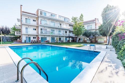 . Sunway San Jorge Apartments