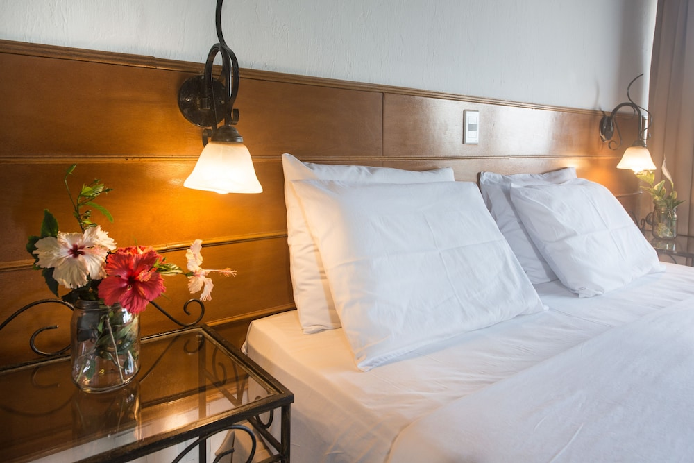호텔 일하 브란카 인(Hotel Ilha Branca Inn) Hotel Image 6 - Guestroom