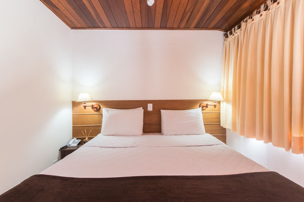 호텔 일하 브란카 인(Hotel Ilha Branca Inn) Hotel Image 13 - Guestroom