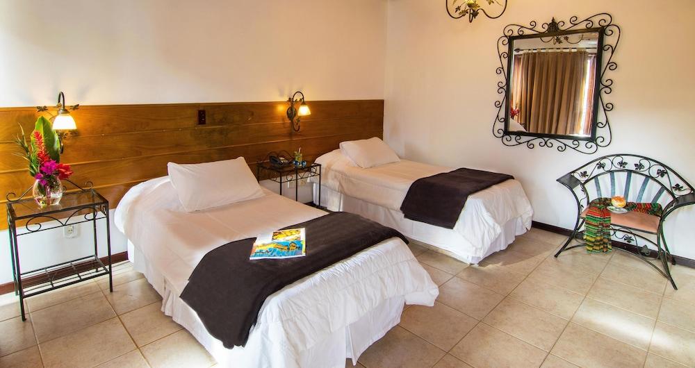호텔 일하 브란카 인(Hotel Ilha Branca Inn) Hotel Image 3 - Guestroom