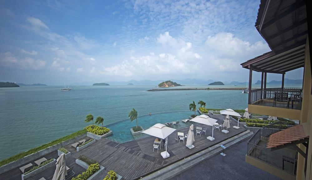 리조트 월드 랑카위(Resorts World Langkawi) Hotel Image 41 - Infinity Pool
