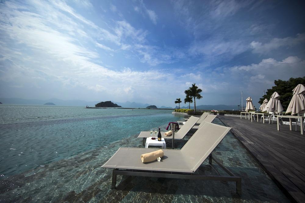 리조트 월드 랑카위(Resorts World Langkawi) Hotel Image 22 - Infinity Pool