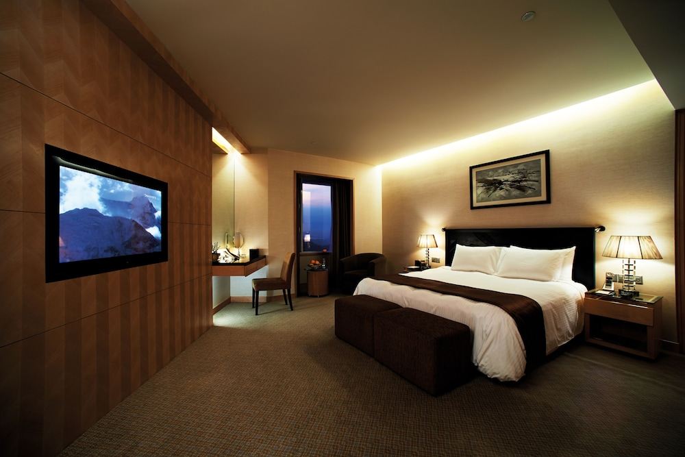 리조트 월드 겐팅 - 겐팅 그랜드(Resorts World Genting - Genting Grand) Hotel Image 6 - Guestroom
