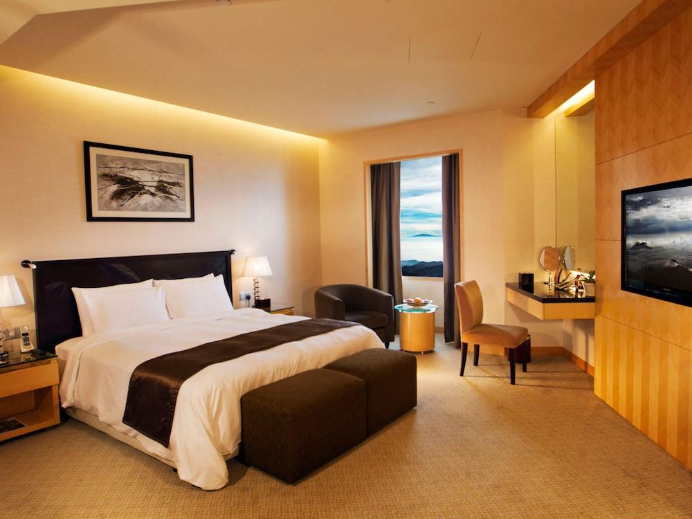 리조트 월드 겐팅 - 겐팅 그랜드(Resorts World Genting - Genting Grand) Hotel Image 5 - Guestroom