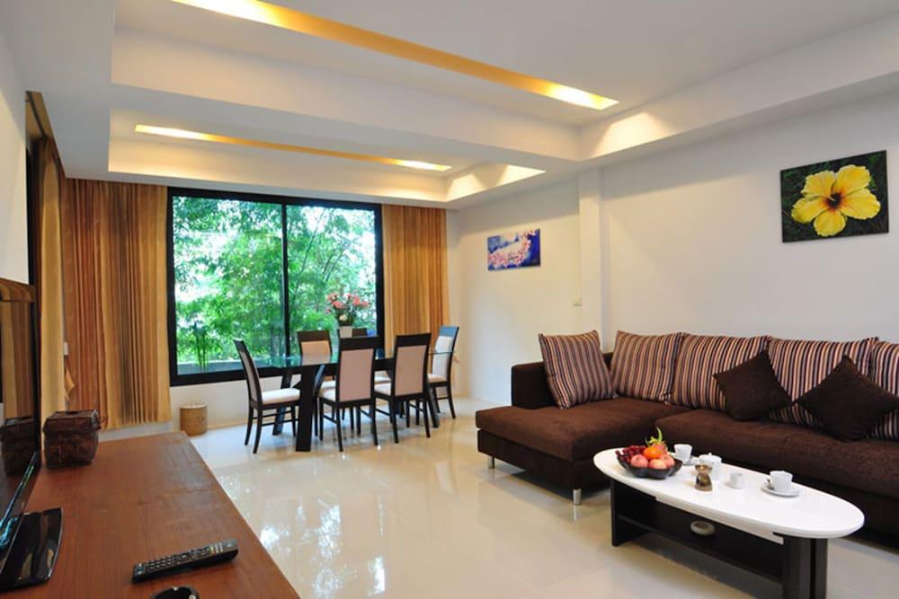 사무이 허니 타라 빌라 레지던스(Samui Honey Tara Villa Residence) Hotel Image 23 - Living Area