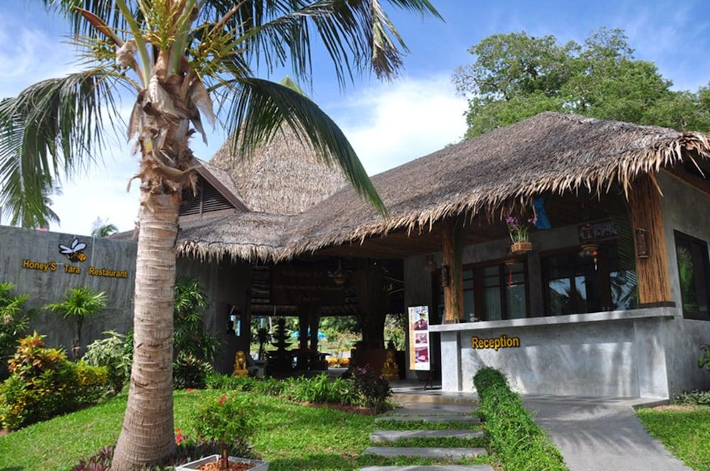 사무이 허니 타라 빌라 레지던스(Samui Honey Tara Villa Residence) Hotel Image 3 - Reception