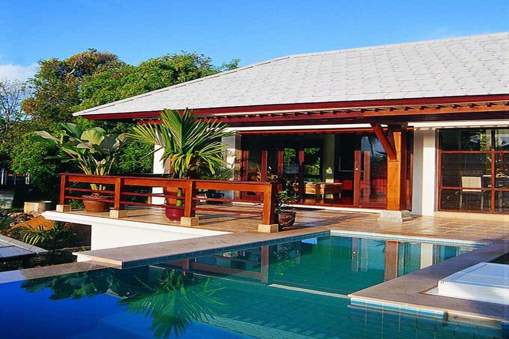 사무이 허니 타라 빌라 레지던스(Samui Honey Tara Villa Residence) Hotel Image 37 - Indoor/Outdoor Pool