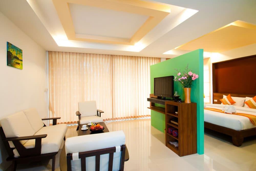 사무이 허니 타라 빌라 레지던스(Samui Honey Tara Villa Residence) Hotel Image 25 - Living Area