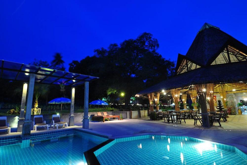 사무이 허니 타라 빌라 레지던스(Samui Honey Tara Villa Residence) Hotel Image 33 - Outdoor Pool