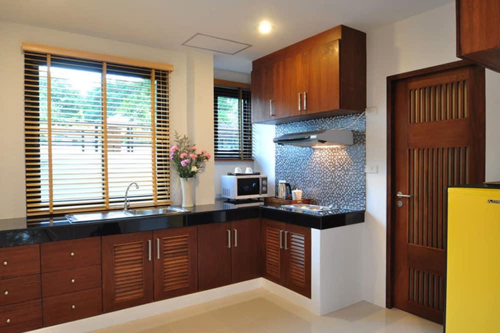 사무이 허니 타라 빌라 레지던스(Samui Honey Tara Villa Residence) Hotel Image 22 - In-Room Kitchenette