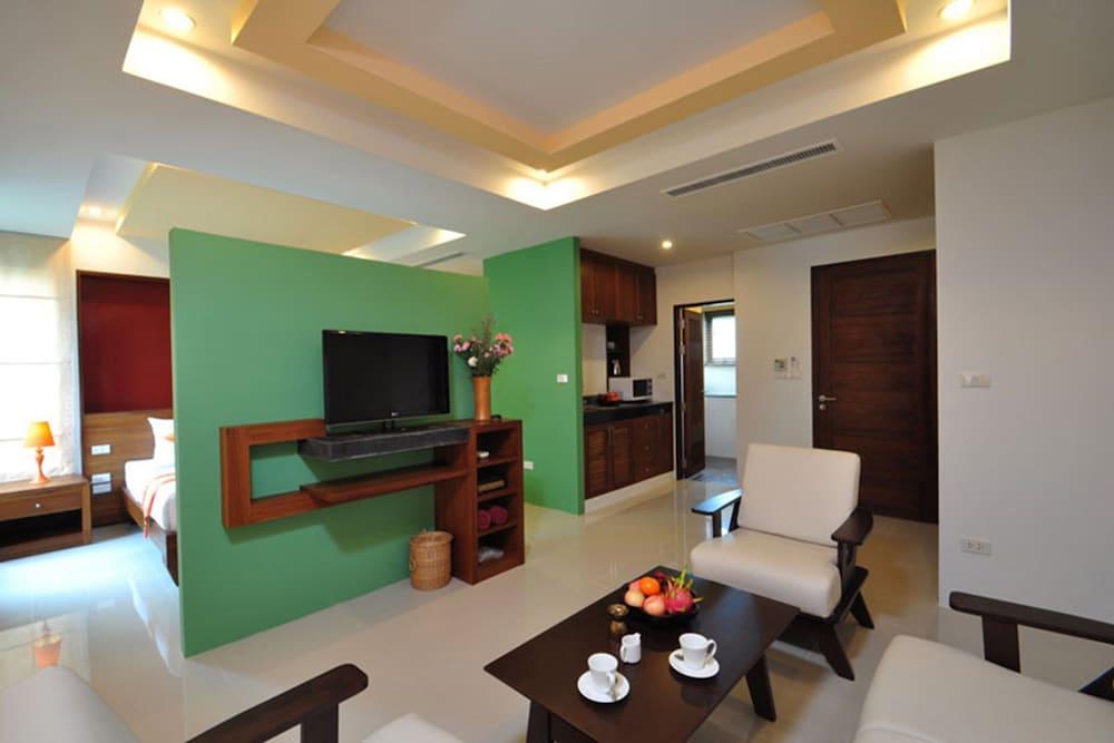 사무이 허니 타라 빌라 레지던스(Samui Honey Tara Villa Residence) Hotel Image 28 - Living Area
