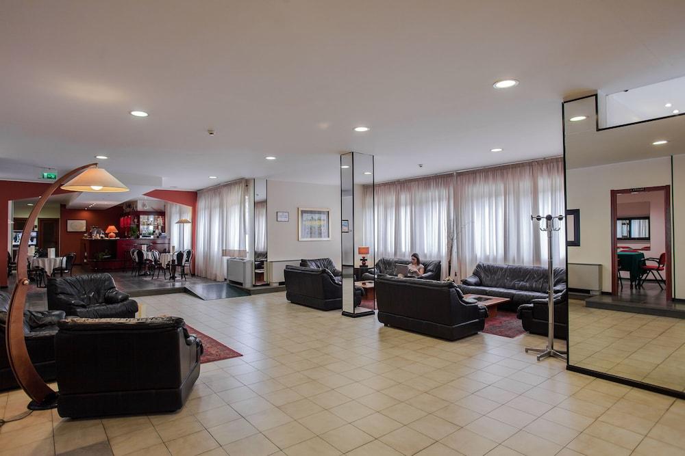 호텔 쿠아드리포글리오(Hotel Quadrifoglio) Hotel Image 1 - Lobby
