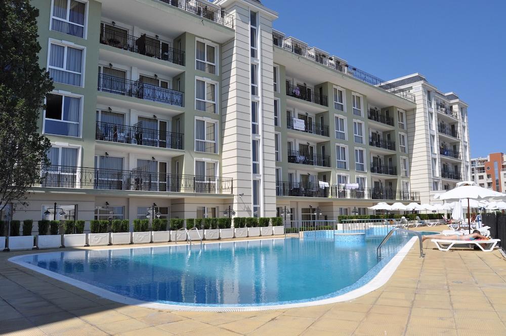 호텔 페스타 포모리에 리조트(Hotel Festa Pomorie Resort) Hotel Image 22 - Outdoor Pool